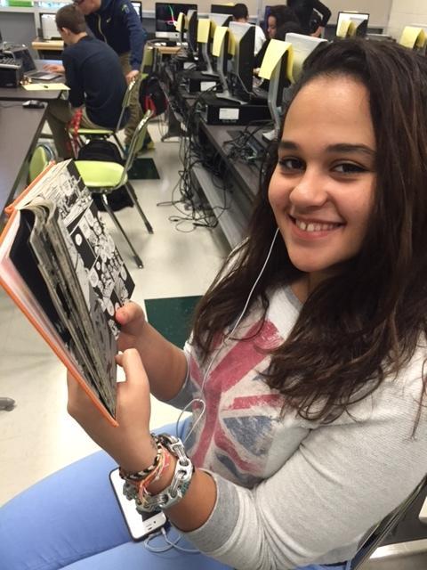 Junior Maya Gaber reading, Scott Pilgrims Precious Little Life during Warriors Period.