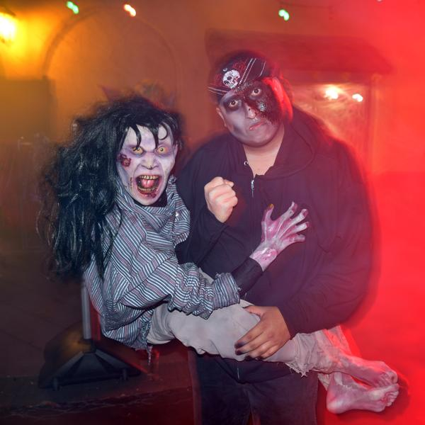 Catch the creeps at Six Flags' Fright Fest!