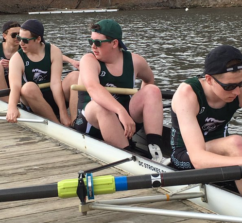 Mens' junior 8 on the water and ready to race.
