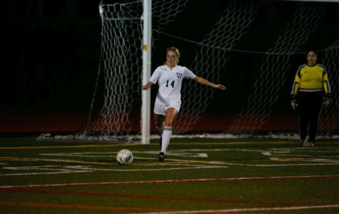 Senior Jessica Logue dominates on the field.