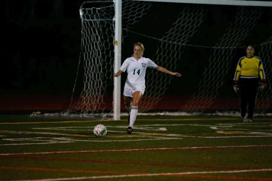 Senior Jessica Logue dominates on the field.