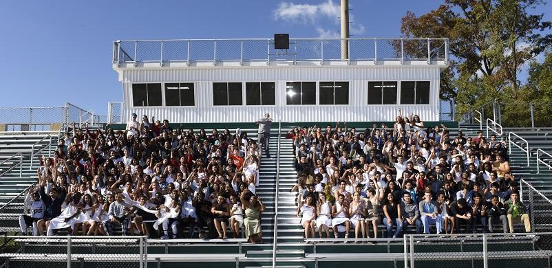 Remember the Senior Panoramic Picture? #togaday #spiritweek