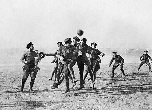 Soccer game during the Christmas Truce