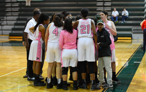 Girls Varsity Basketball Strong Season Heading into Holiday Tournament