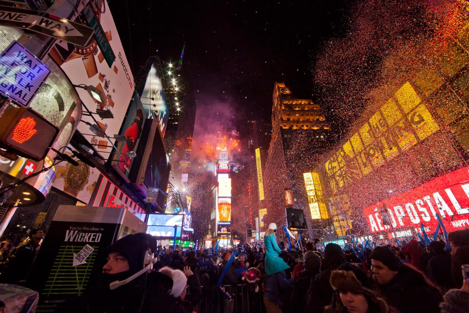 The ball dropping on New Years Eve is when 2018 officially begins. Photo found at: http://bit.ly/2zbftmr.