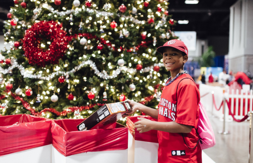 Nationals host their annual #Winterfest this Saturday and Sunday. If you donate a new, unwrapped toy at Winterfest, you could meet a Nats player!