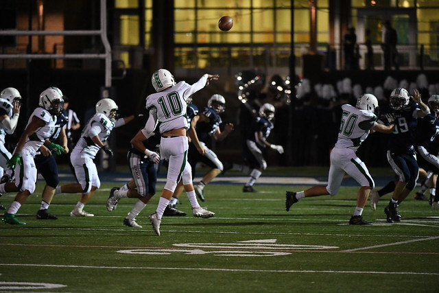 Quarterback+Cason+Poythress+throwing+a+touchdown+pass+to+Senior+Wide+Receiver+Jermaine+Jackson%3B+it+was+Jermaine%27s+first+touchdown+on+the+Varsity+team+and+the+second+touchdown+of+the+game.