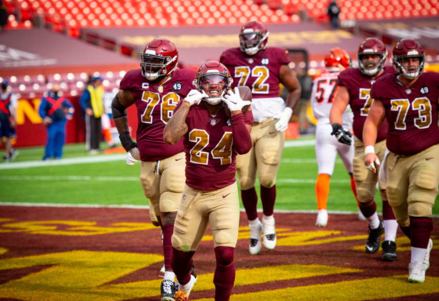 Washington Football Team Builds Momentum for Thanksgiving Day Game