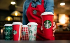 Navigation to Story: Eight Starbucks Secret Menu Holiday Drinks to Get You in the Holiday Mood